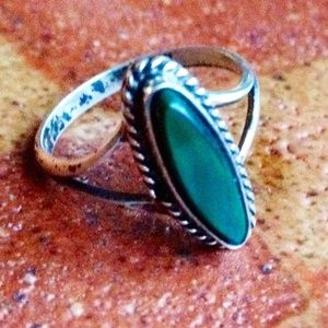 Vintage Malachite turquoise Sterling Silver Ring